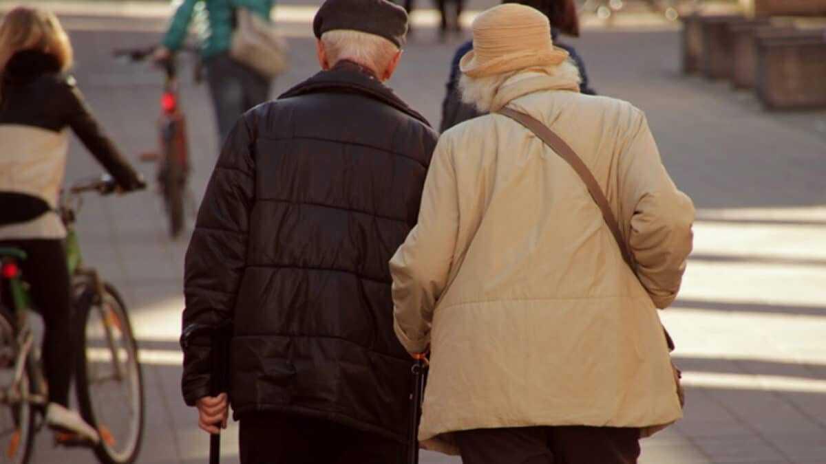 Гражданство РФ пенсионерам